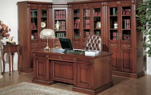 El arte de decorar oficinas estilo cl sico mamparas for Muebles de oficina jimenez sevilla