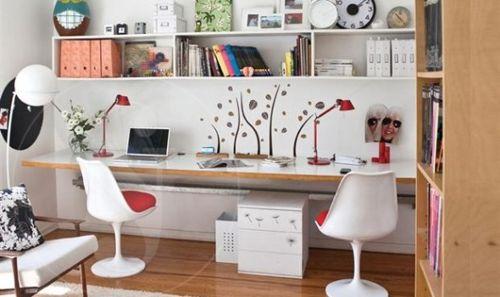 C mo decorar una oficina en casa mamparas divisorias sevilla for Como decorar mi casa moderna